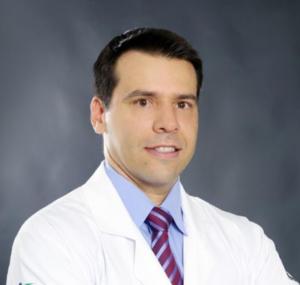 Dr. Carlos Macedo